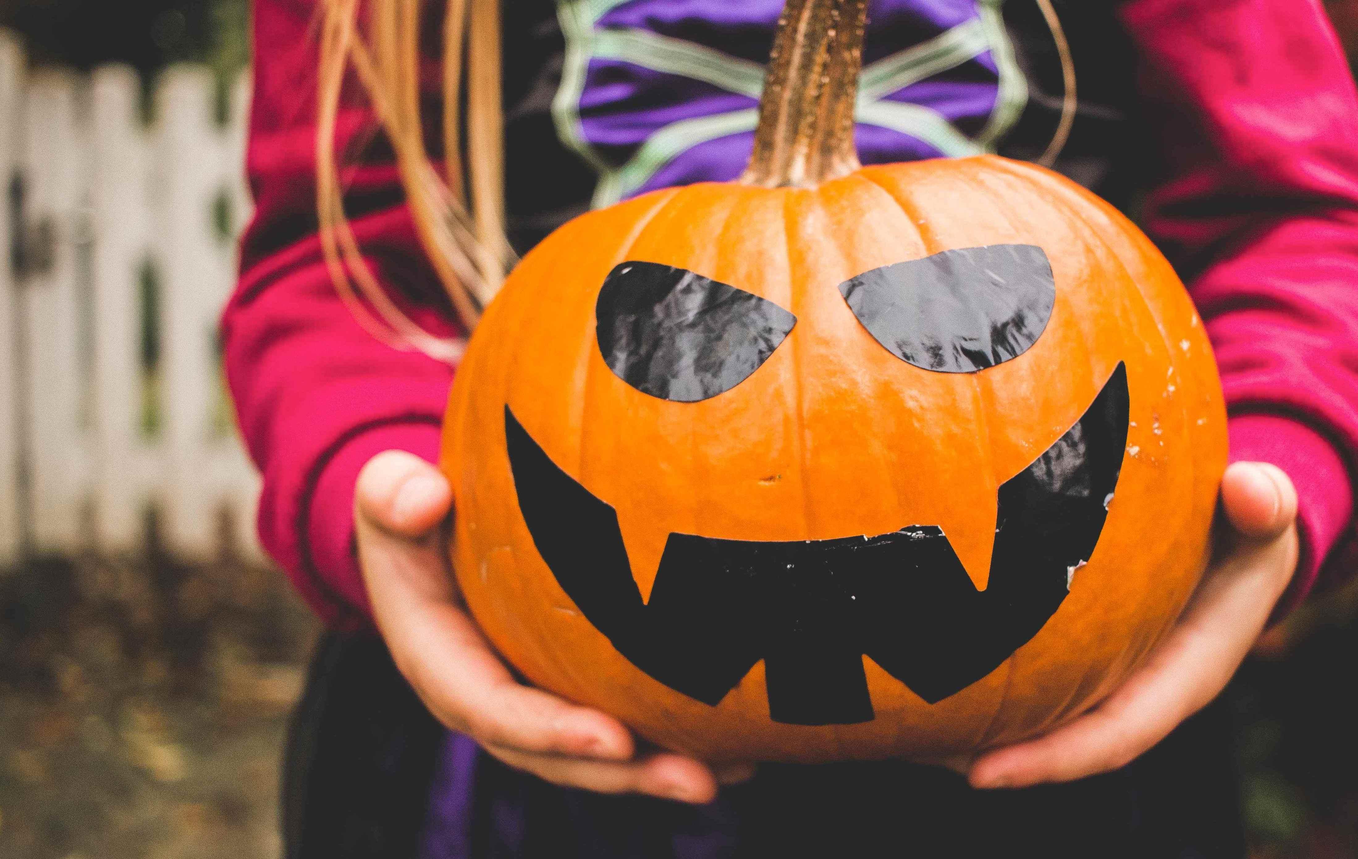photo 1477241219470 e4f7fa400a9b 1920x1215 - 5 Creepy Halloween Destinations Worth Travelling For