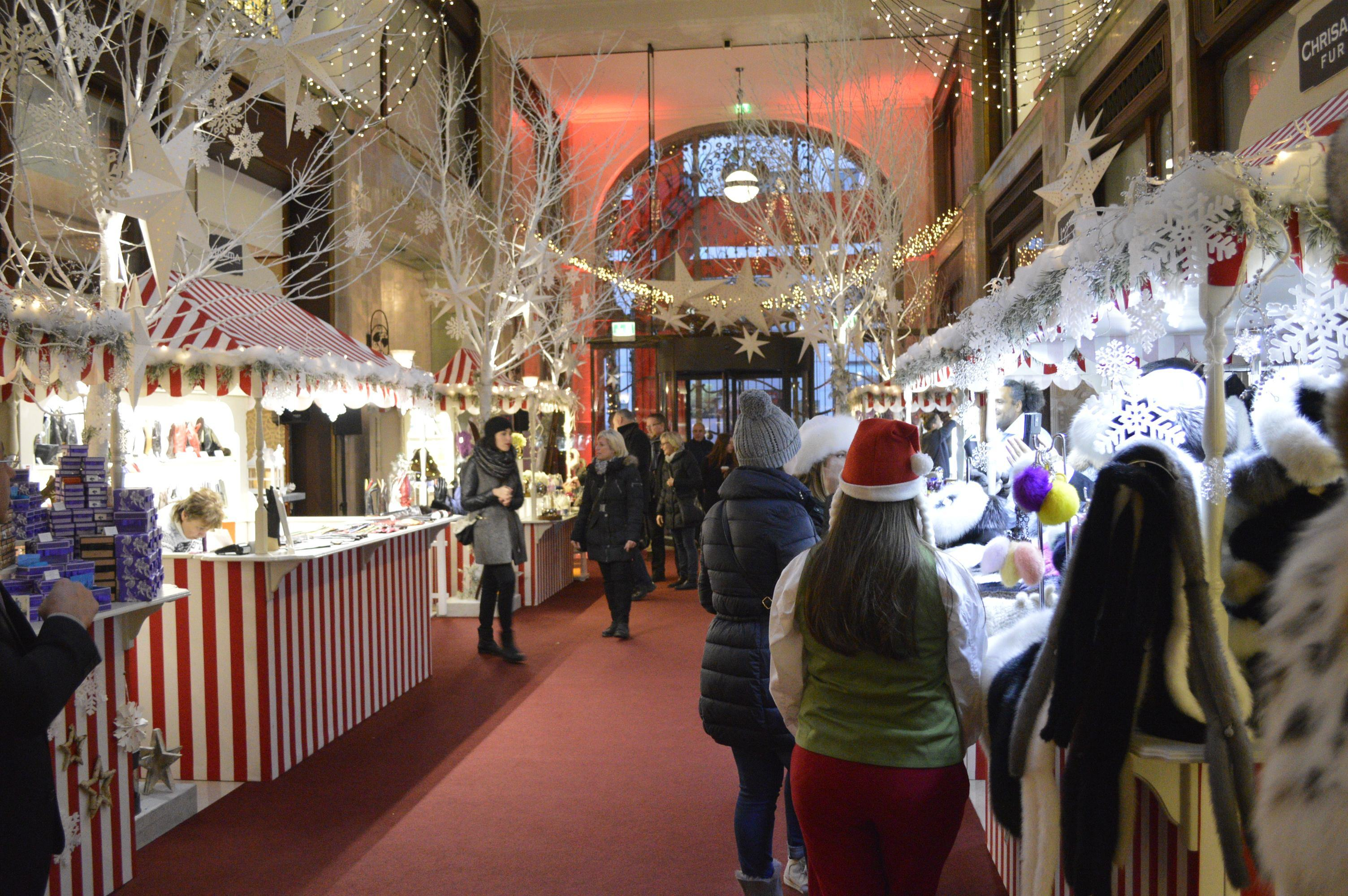 Four Seasons 560x420 - 6 Fairy-tale Christmas Markets in Budapest You Should Visit