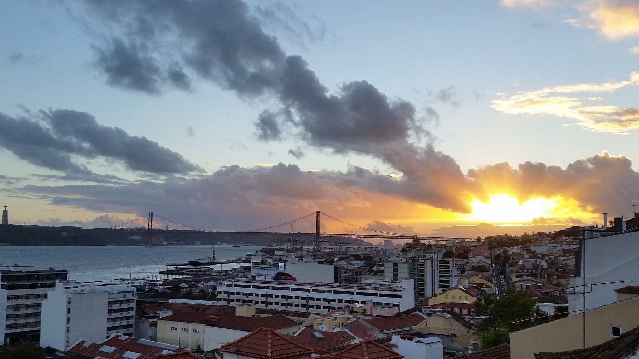 12119990 905921962828486 2120751042161518095 o 1024x576 - 10+ Best Rooftop Bars To Catch Lisbon's Mesmerizing Sunsets