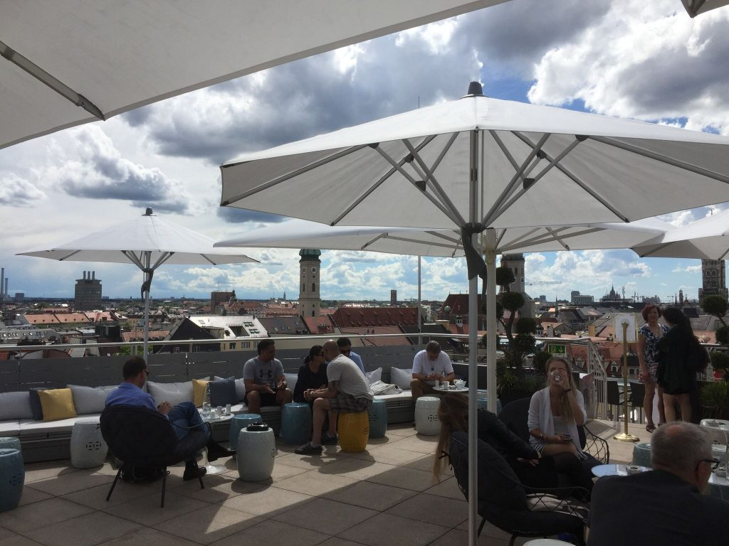 best outdoor bars and rooftops for a drink in munich. Black Bedroom Furniture Sets. Home Design Ideas