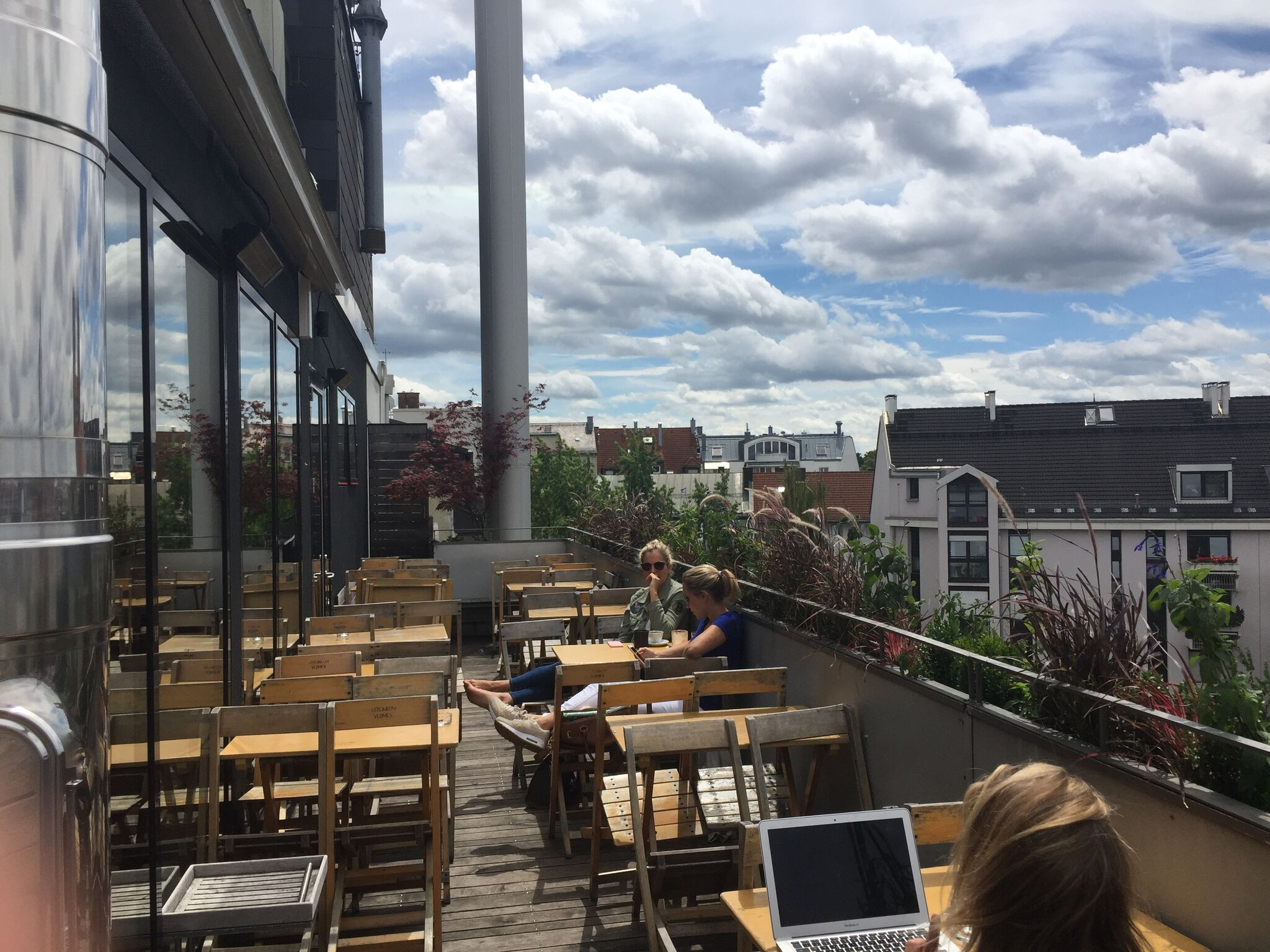 IMG 1590 1024x768 - Best Outdoor Bars and Rooftops for a Drink in Munich