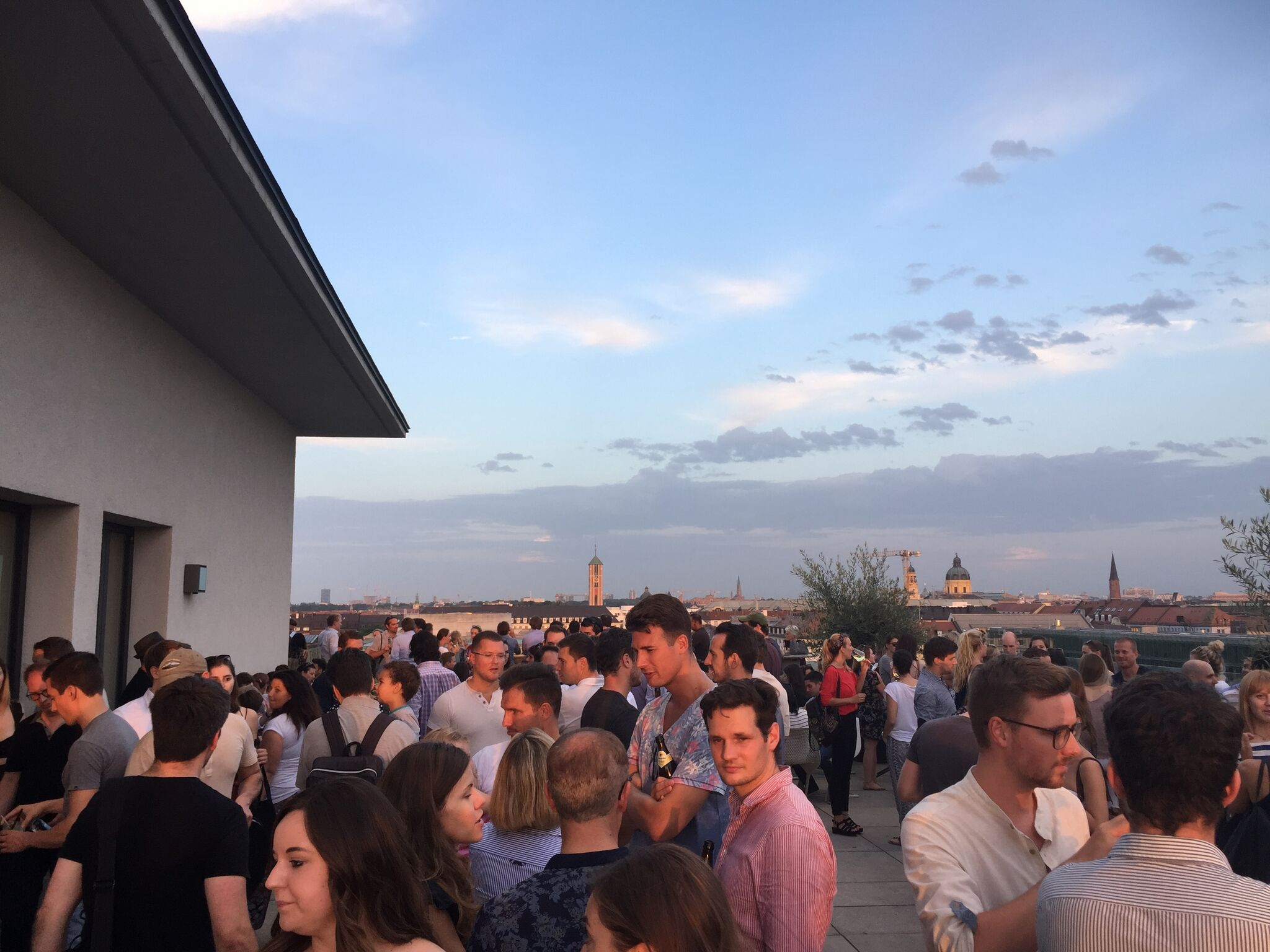 IMG 2245 1024x768 - Best Outdoor Bars and Rooftops for a Drink in Munich